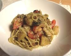 イカとジャガイモのバジルソーススパゲッティ