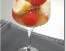 ミニトマトと桃のコンポート バジル風味~名古屋専門学校簡単お菓子講座~