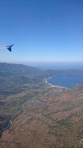 mini 飛行機と海