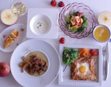 1月のレッスン おうちde作ろう!そば粉のガレット&丸ごと味わうりんごの色々レシピ大集合♪ ~ブルターニュ&ノルマンディー料理~